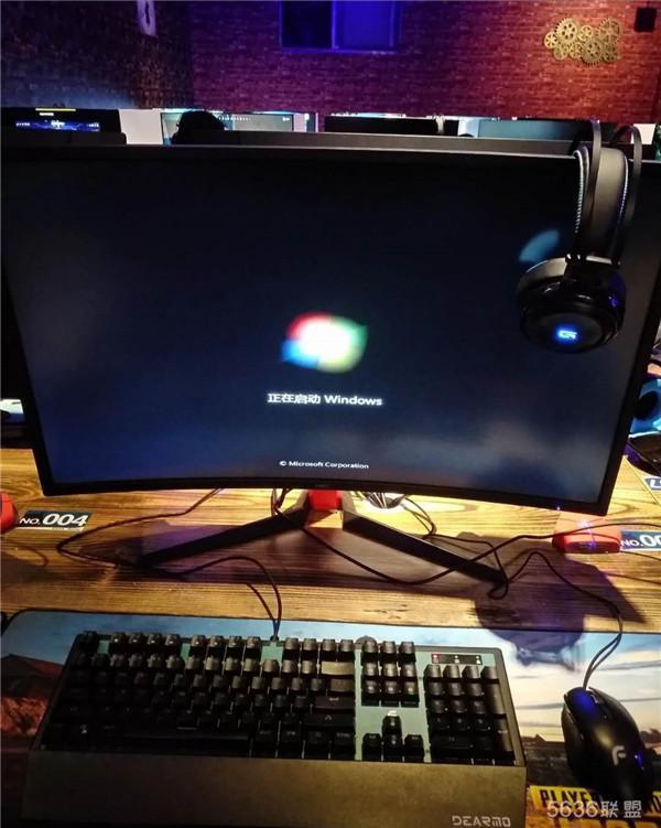 网咖显示器莫名其妙黑屏的常见处理办法